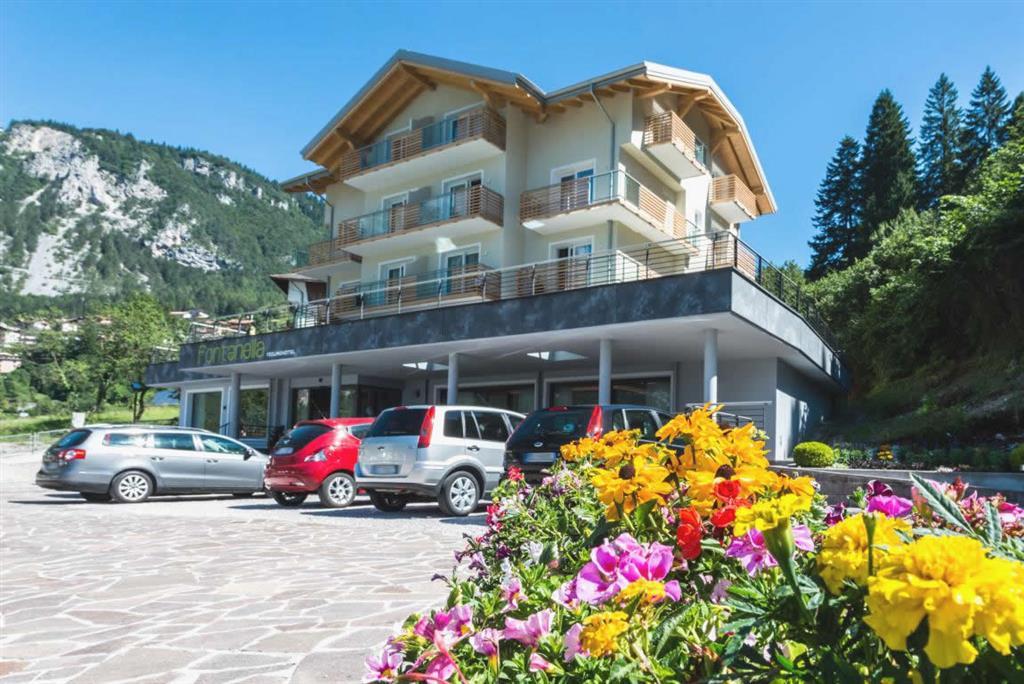 16-4732-Itálie-Molveno-Hotel-Fontanella-7-nocí-na-vlastní-dopravu-skipas-v-ceně