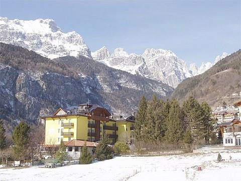 16-5066-Itálie-Molveno-Hotel-Aurora