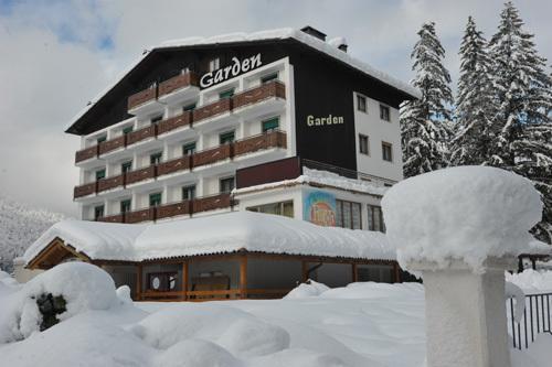 16-5497-Itálie-Andalo-Hotel-Garden-6denní-balíček-s-denním-přejezdem-a-skipasem-v-ceně