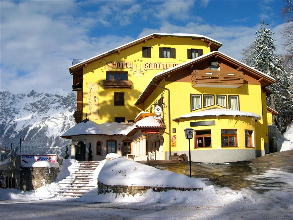 16-6077-Itálie-Fai-della-Paganella-Hotel-Santellina-5denní-lyžařský-balíček-se-skipasem-a-dopravou-v-ceně