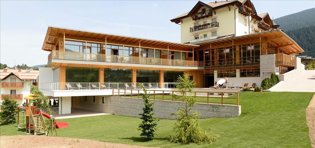 23-6452-Itálie-Andalo-Hotel-Corona-Dolomites