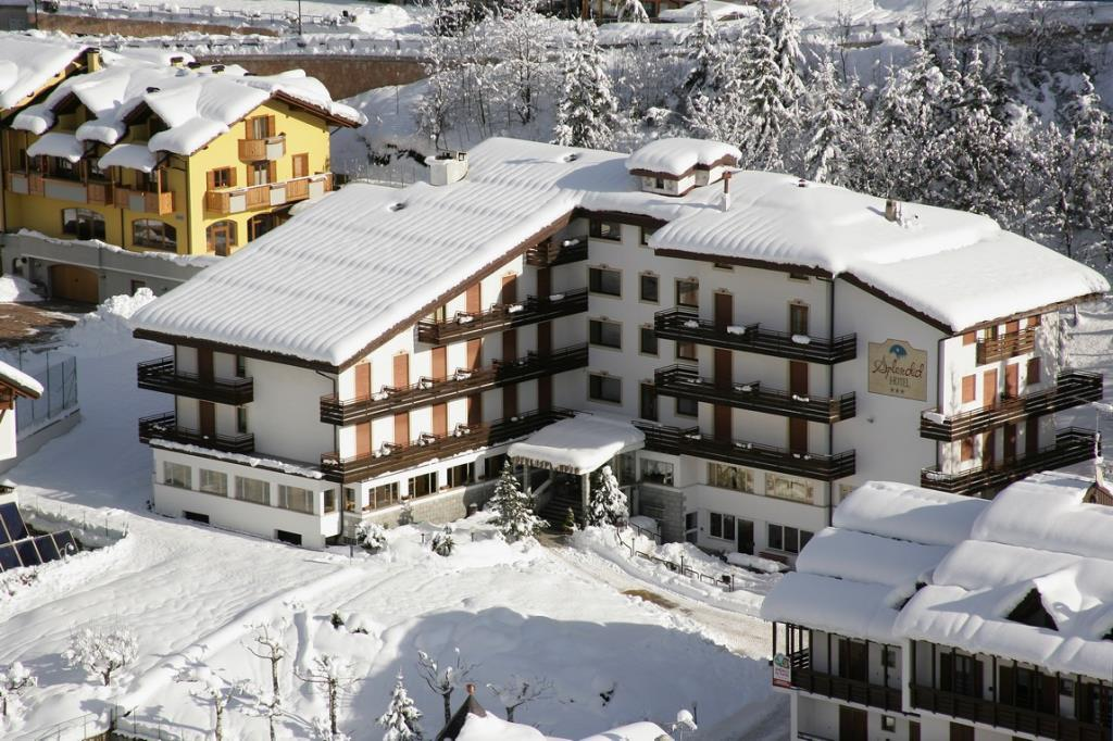 33-11979-Itálie-Andalo-Hotel-Splendid-26721