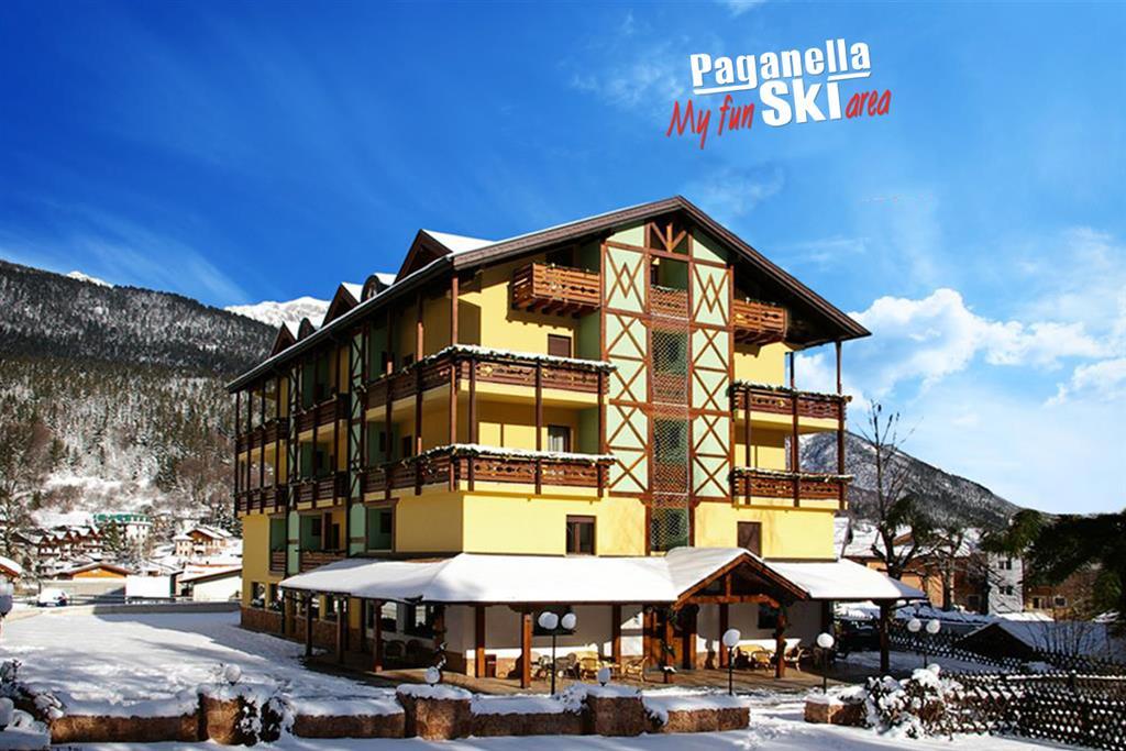 33-12323-Itálie-Andalo-Hotel-Dal-Bon-5denní-lyžařský-balíček-se-skipasem-a-dopravou-v-ceně-85390